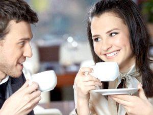 Часте вживання кави, фарбує емаль зубів