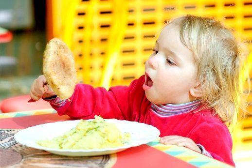 Дитина не їсть картоплю