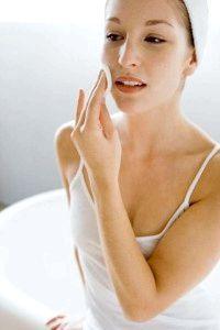 протираємо обличчя саліцилової кислотою