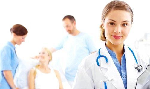 Медсестра з хворими
